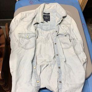 American Eagle jean jacket very clean!!!!